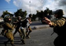 الاحتلال يعتقل 4 شبان من رام الله