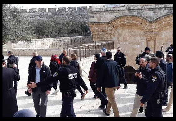 الهدمي: سنفشل المخططات الإسرائيلية لتهويد وأسرلة المناهج الفلسطينية في القدس